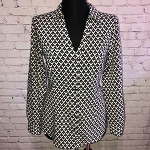 White House Black Market Button Up Fitted Blouse